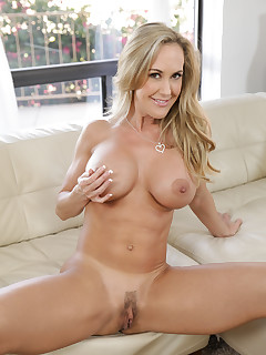 Huge Boobs and Hairy Pussy Pics