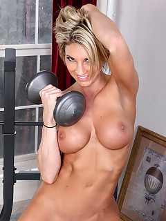 Huge Boobs Sports Pics